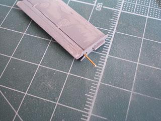 水平尾翼真鍮線取り付け