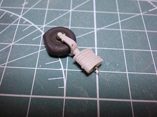 主脚取り付け用真鍮軸